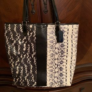 Coach purse slightly used